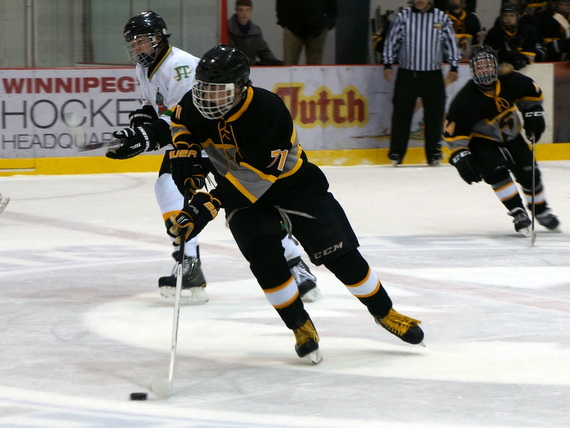 Ben Plett playing with the Steinbach Sabres in October of 2013.